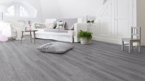 Celoplošně lepené vinylové podlahy Gerflor Virtuo Classic 55 – dřevěný dekor Club Grey