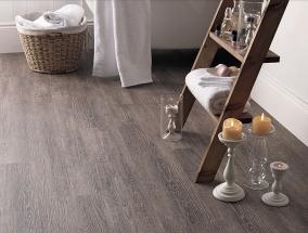 Celoplošně lepené vinylové podlahy Conceptline – kvalita za rozumnou cenu