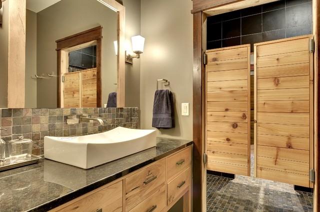 Kyvné interiérové dveře - zdroj: houzz.com