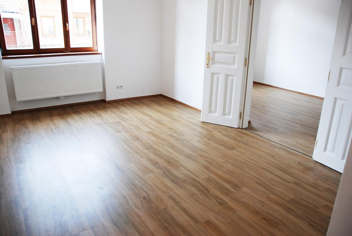 Cenik navareni ipy podlaha