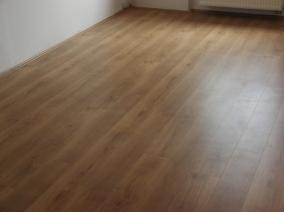 Pokládka vinylové podlahy ceník